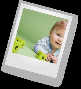 На втором году жизни в малыше нужно воспитывать самостоятельность